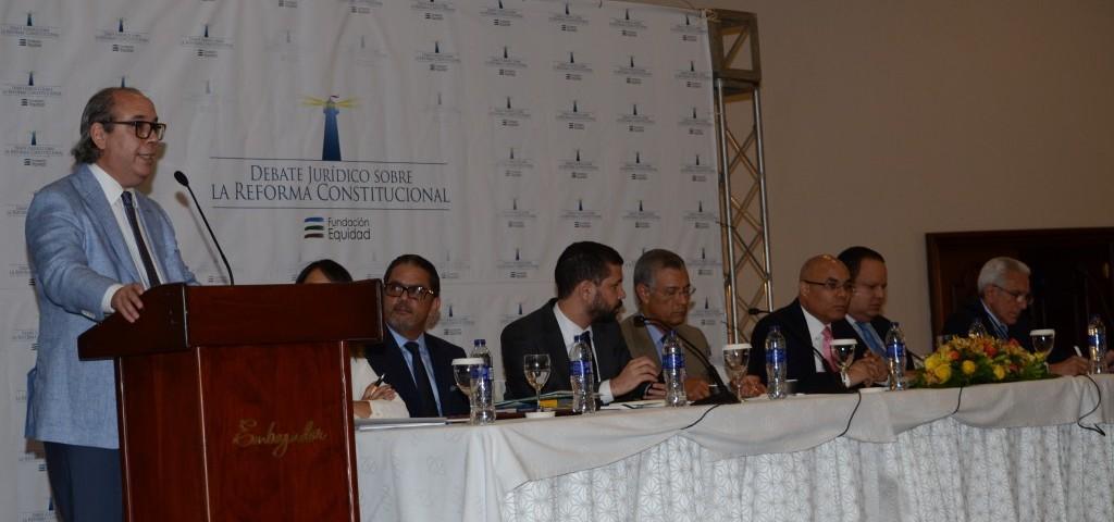 I Debate Jurídico sobre la Reforma Constitucional - Diario Libre