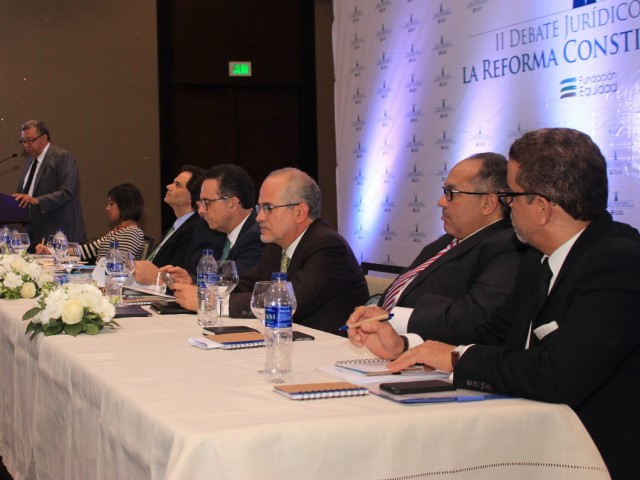 Juristas participante del II Debate Jurídico sobre la Reforma Constitucional